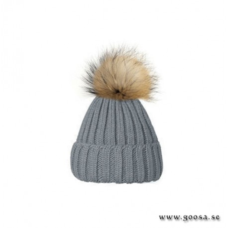 Ribbed knitted hat with tassels - Gray