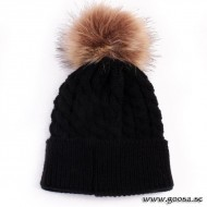 Knitted hat with fur ball - Black