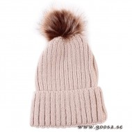 Knitted hat with fur balls - Pink